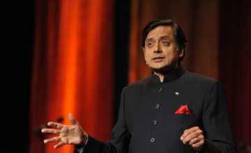Shashi Tharoor gets corrected. Auto-corrected to be specific